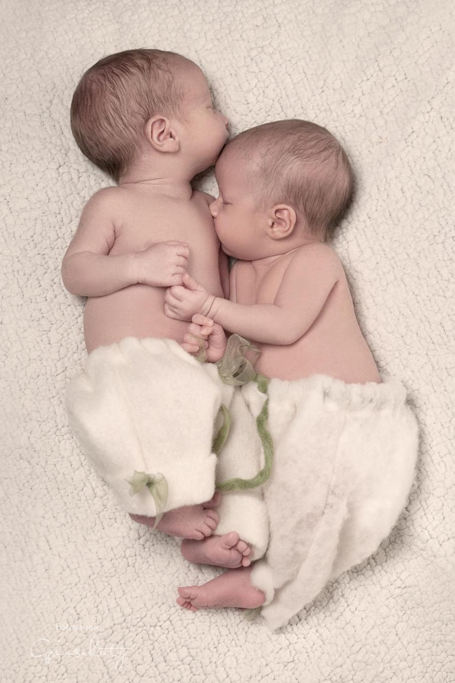 newborn photography twins grinsekatz templin